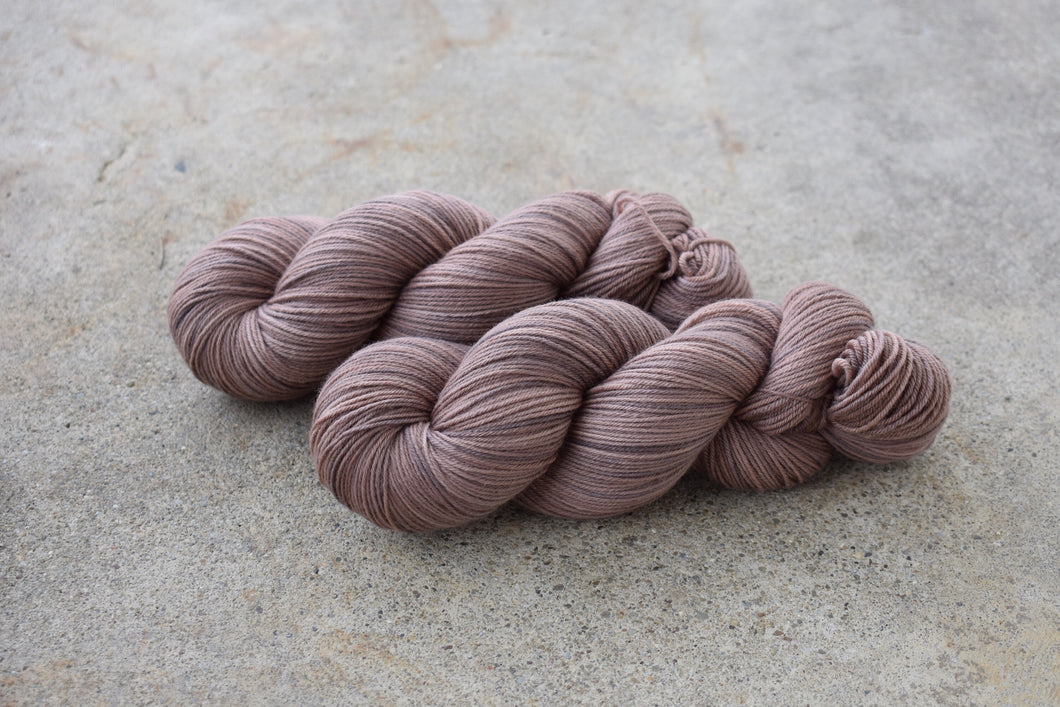 Brown Bear Test Skein - Fingering Australian Merino