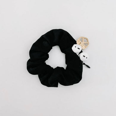 black hidden pocket cotton scrunchie