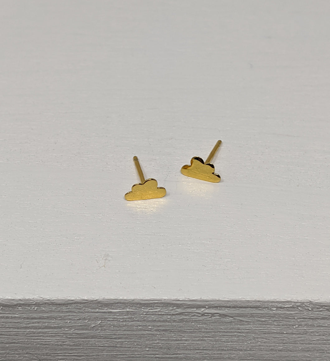 yellow gold cloud stud earrings