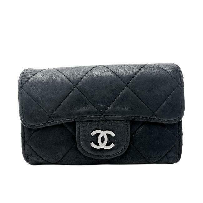 Chanel Black Lambskin Quilted Classic Flap 6 Key Holder Wallet