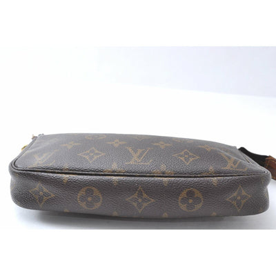 Louis Vuitton Pochette Monogram Accessories Brown Canvas Shoulder Bag