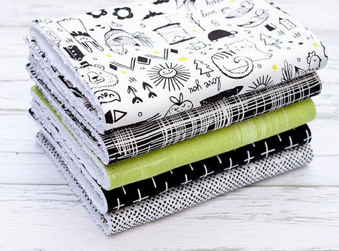 MONOCHROME WITH LIME BURP CLOTHS - SET OF 5