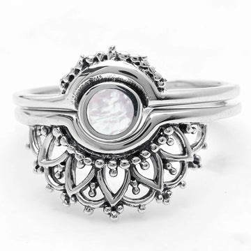 EMANATE PEARL RING SET