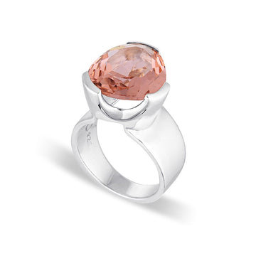 EVERYDAY COCKTAIL RING BLUSH QUARTZ