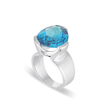 EVERYDAY GEMSTONE RING BLUE ZIRCONIA