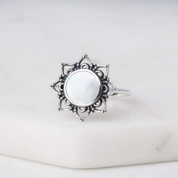 ASSIA MOTHER OF PEARL RING