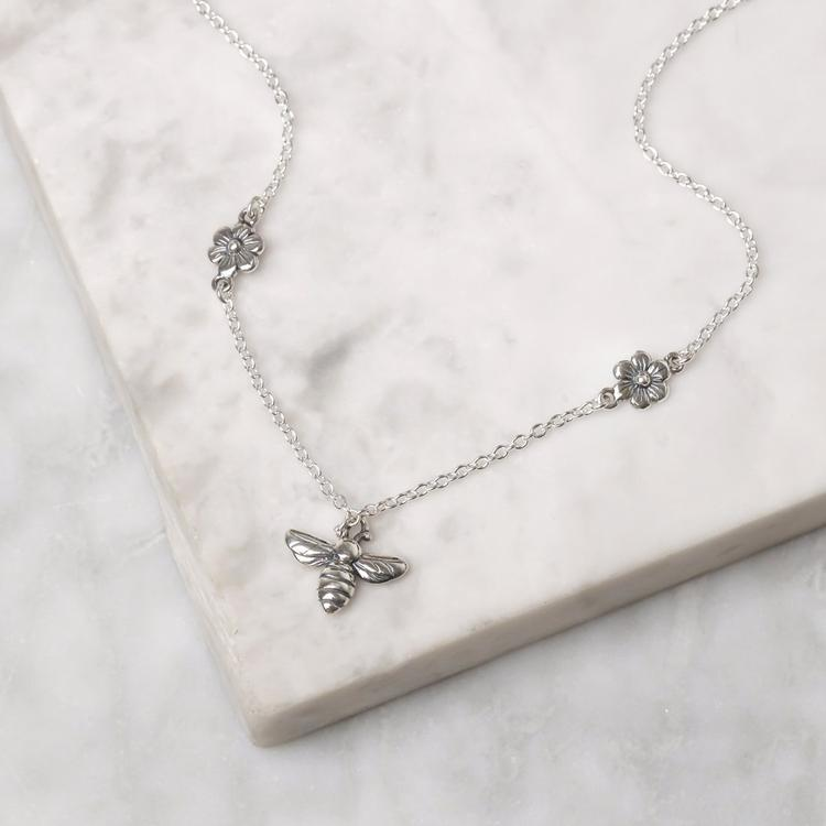 MEANT TO BEE NECKLACE