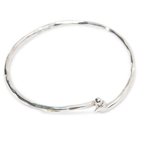 PALAS LATCH BANGLE