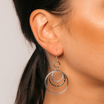 CLARISA TRIPLE CIRCLE HOOK EARRINGS