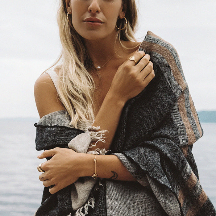 X OLIVE COOKE | BY THE SEA PEARL CHOKER