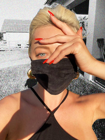 — Rabôt Partners with Caroline Vreeland to Launch Exclusive Mask Collection
