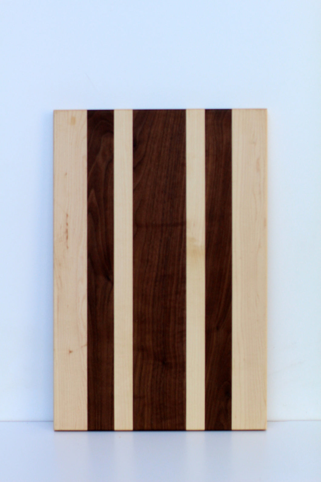 Medium Artisan Serving Board - Blossom Road