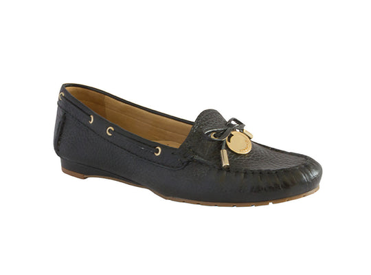 Luz Da Lua Stylish Leather Moccasin