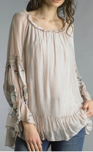 ROMANTIC EMBROIDERED BLOUSE