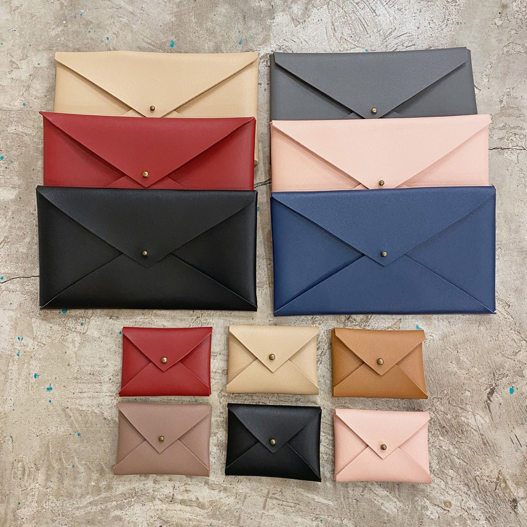 Basic by Izzo Envelope Pouch - Common Room PH