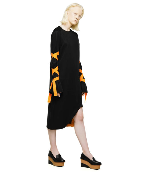 Tencel dress with asymmetric hem and wrapped sleeves