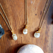 Free-form Necklace - Moonstone