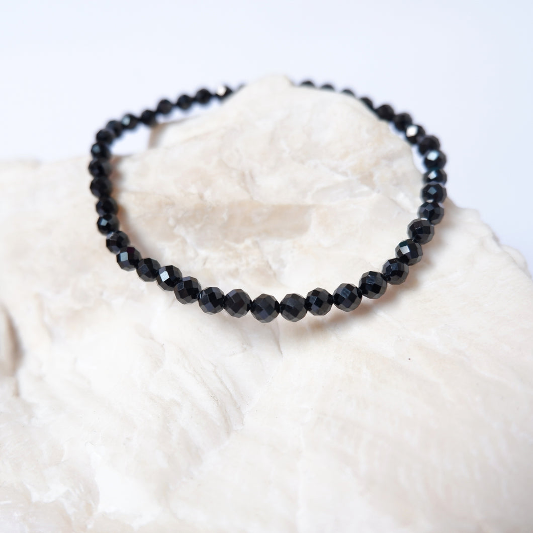 Spinel Crystal Bracelet - Black