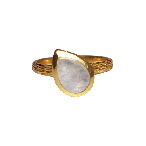Gold-Tear-Clear-Quarts-Ring