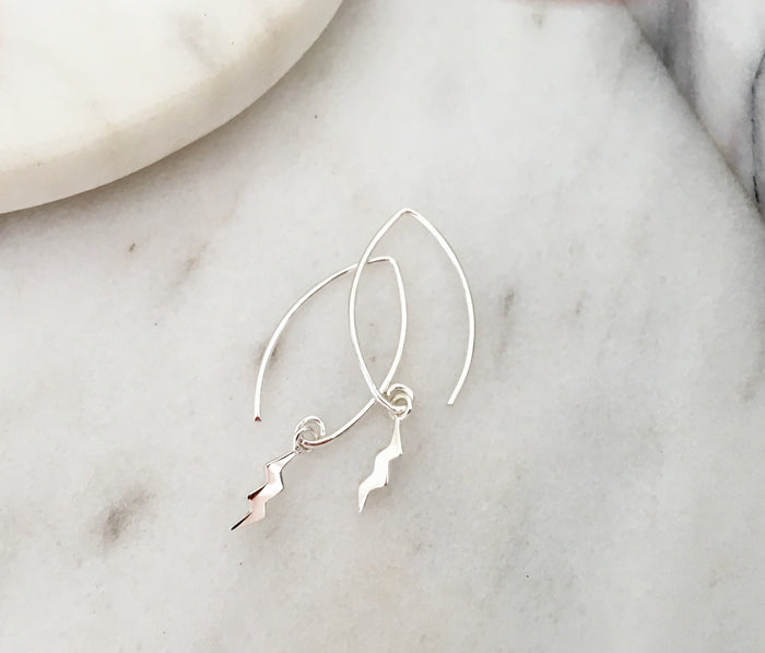 Lightening Bolt Drop 'V' Earrings in Silver