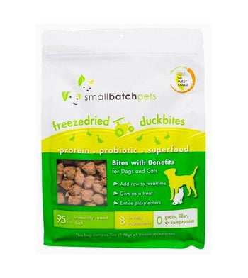 Small Batch Freeze Dried Duck Bites Cat & Dog Food Mixer