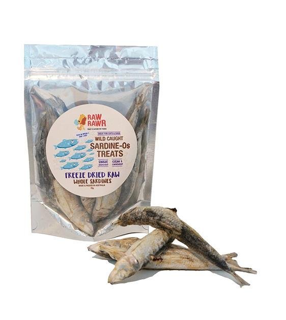 Raw Rawr Wild Caught Whole Sardines Freeze Dried Cat & Dog Treats
