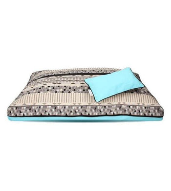 DreamCastle Natural Dog Bed (Blue Lounger)