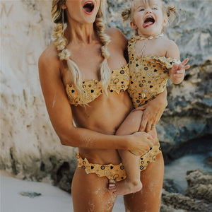 Mother & Daughter Yellow Print Swimsuits