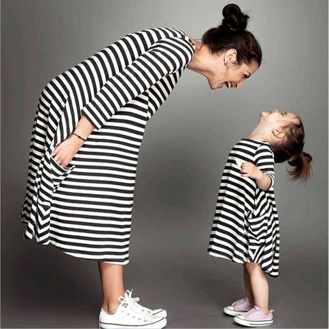 Black & White Striped Long Sleeve Mom & Daughter Matching Dresses