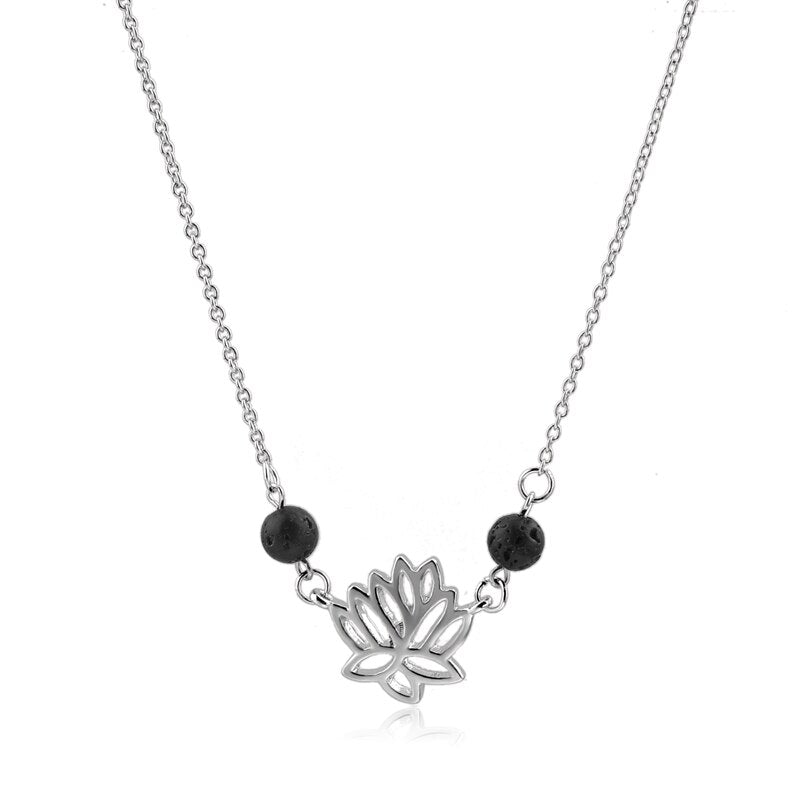 Collier Lotus Pierre de lave