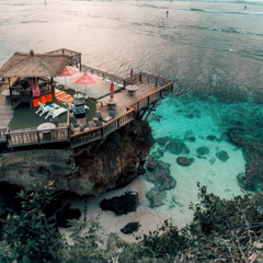 Best Cliffside Beach Bars In Uluwatu Bali Indonesia