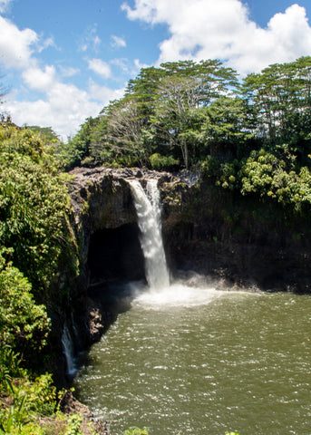 Best Things to do on Big Island Of Hawaii | Rainbow Falls