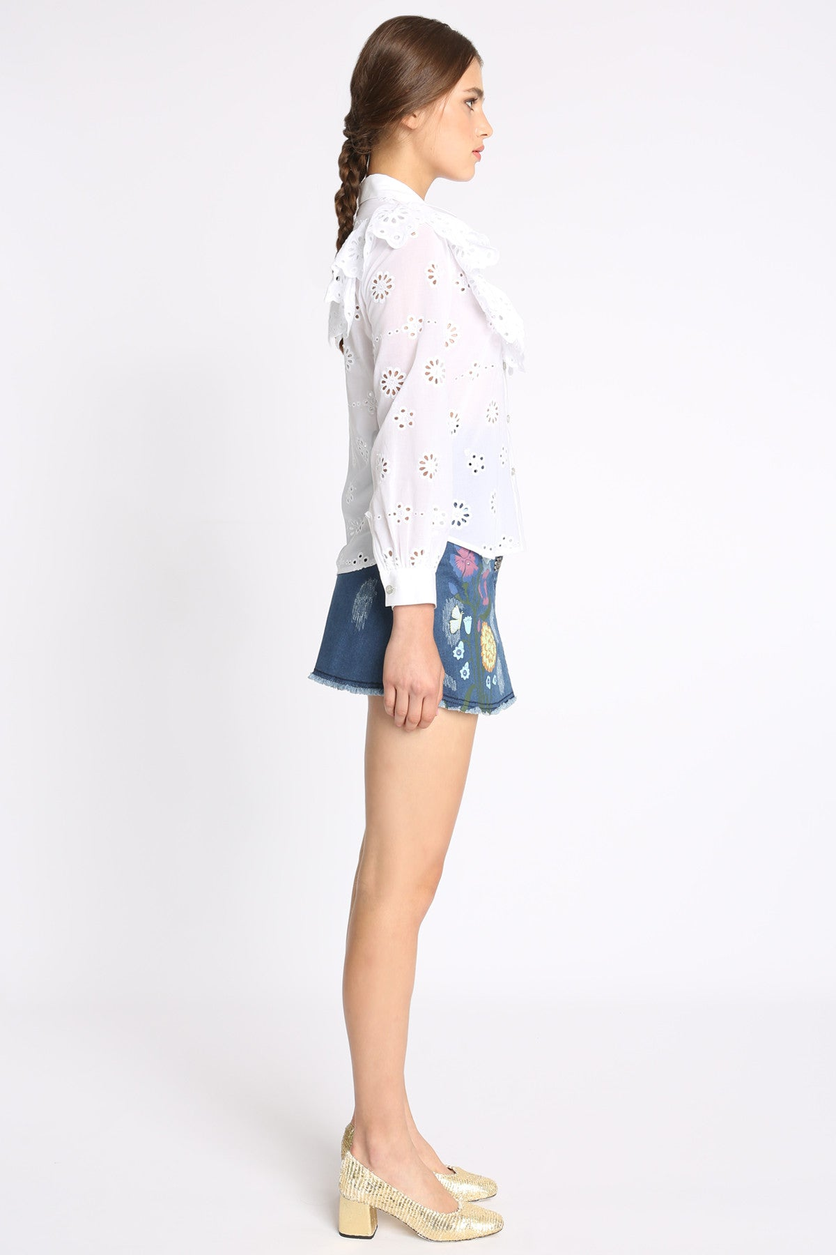 Joni Embroidery Ruffle Shirt
