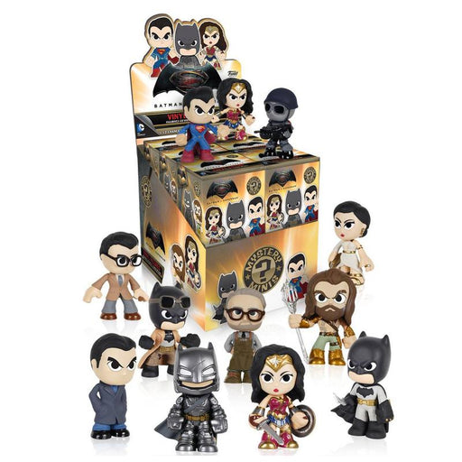 FUNKO BATMAN VS SUPERMAN MYSTERY MINIS VINYL FIGURE