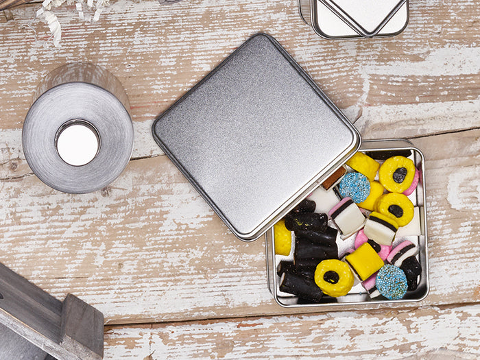 ready-made or bespoke tins?
