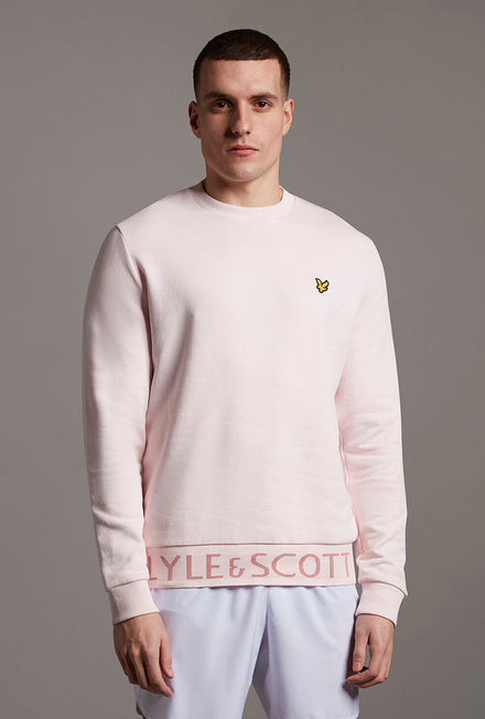 LYLE AND SCOTT BOTTOM BRANDED CREW NECK