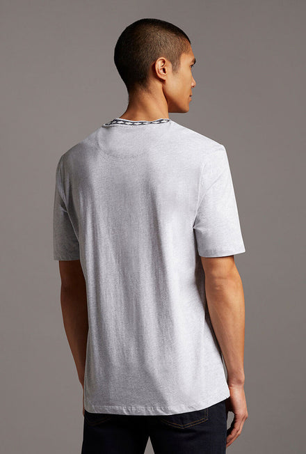 LYLE AND SCOTT ARGLE RIB TSHIRT