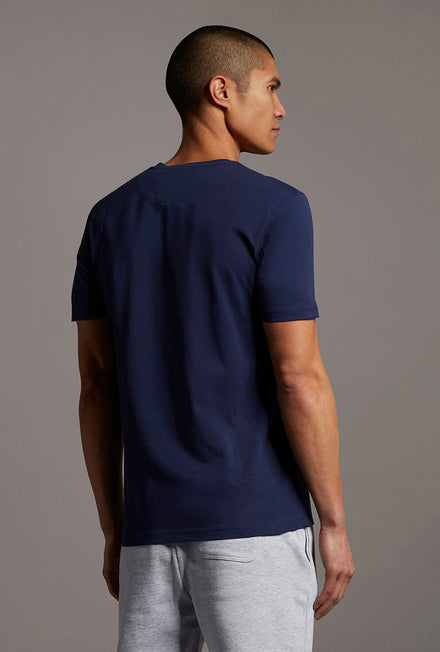 LYLE AND SCOTT CONTRAST POCKET TSHIRT