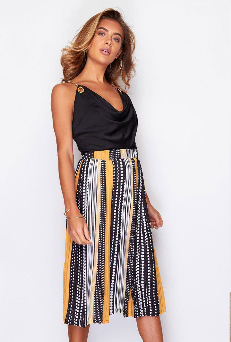 GIRL IN MIND ARIANNA PLEATED PRINT SKIRT