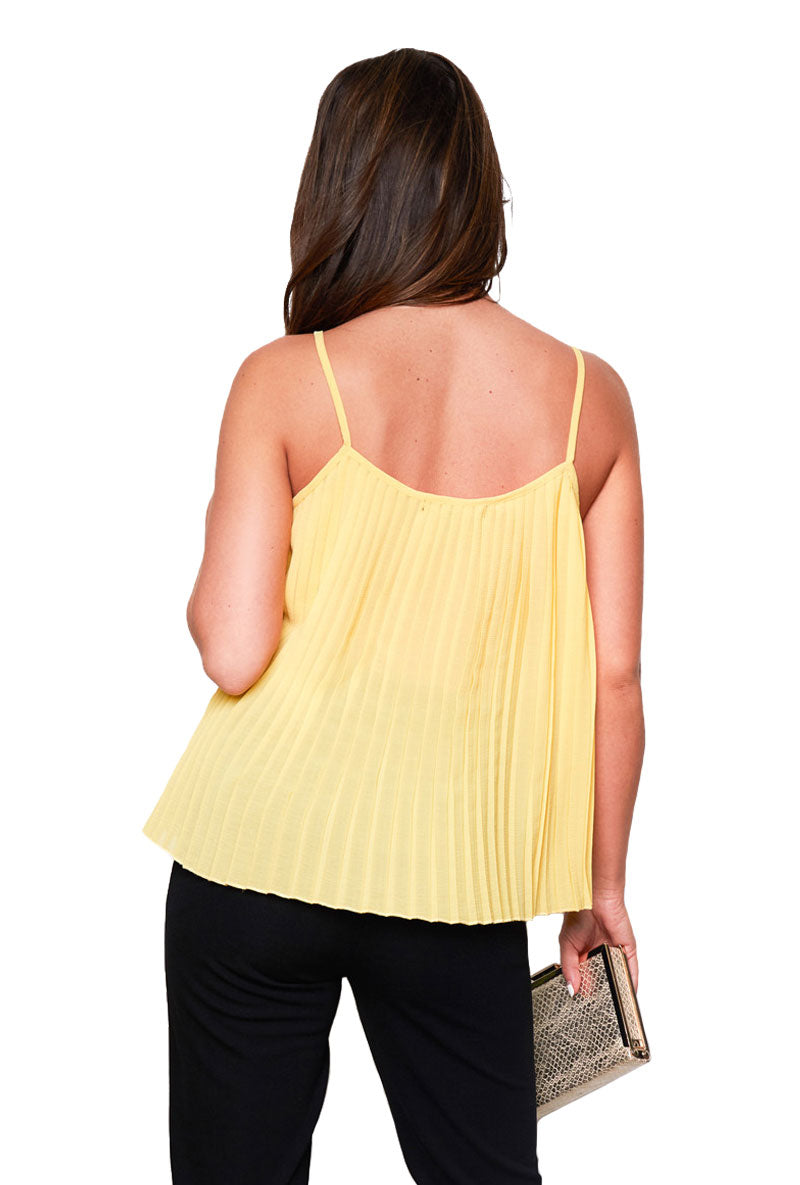 GIRL IN MIND JENNA PLEATED CAMI TOP