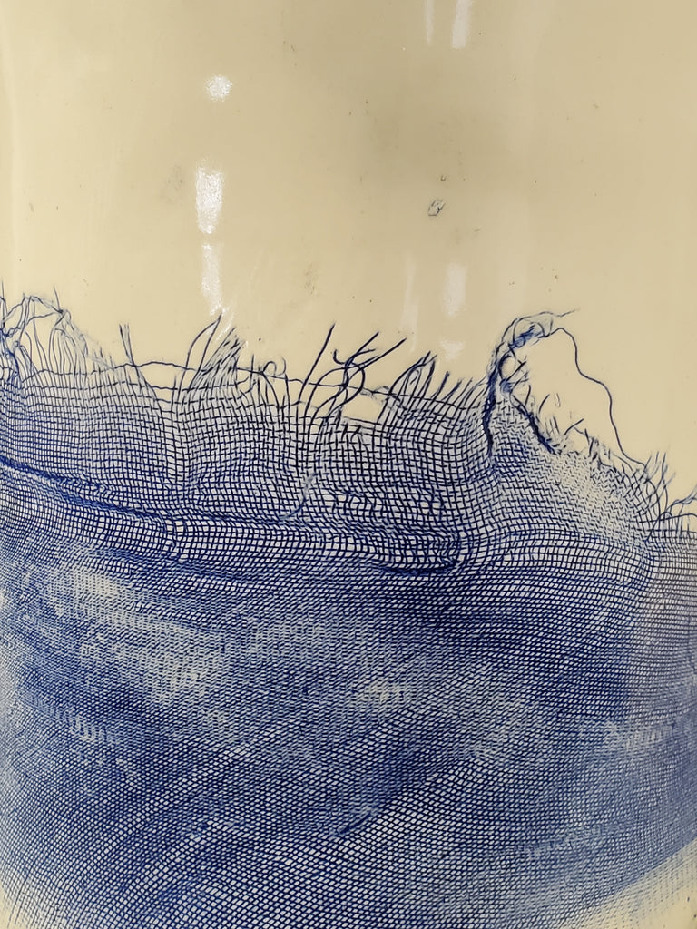 JRN - Frayed Net Vessel