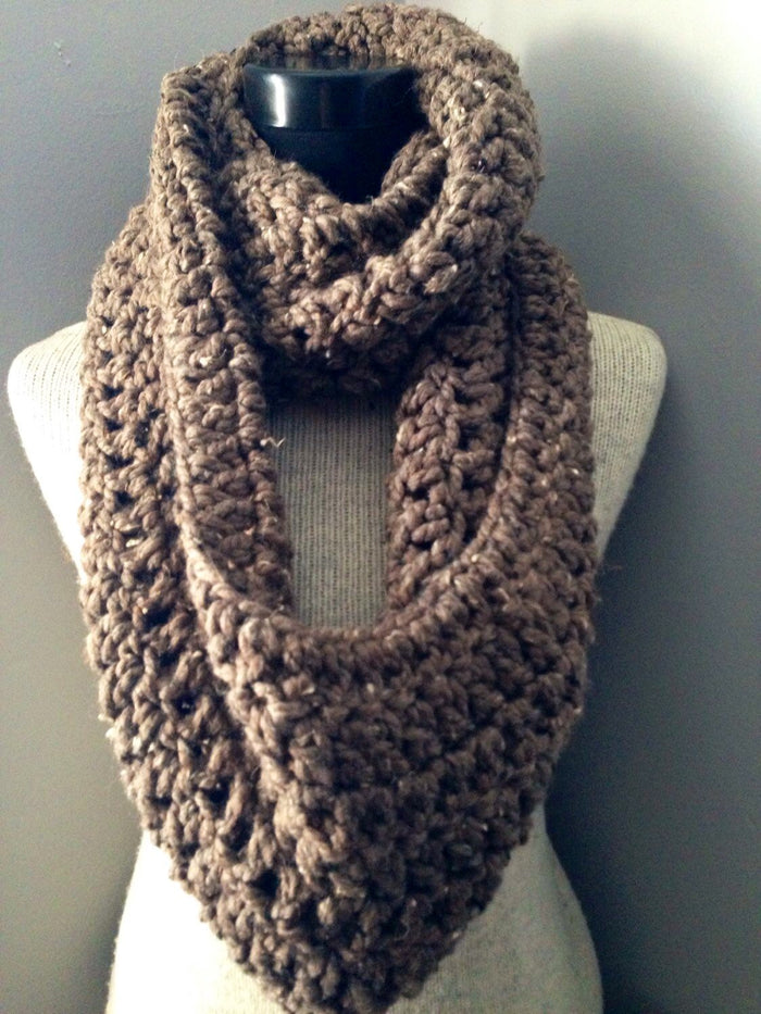 Michelle Mooney's Grande Infinity Scarf