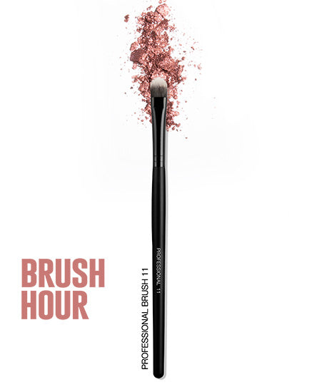 flat eyeshadow brush
