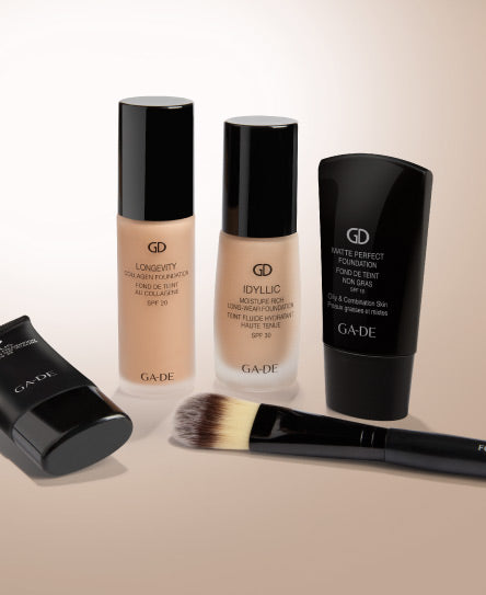 idyllic foundation and brush