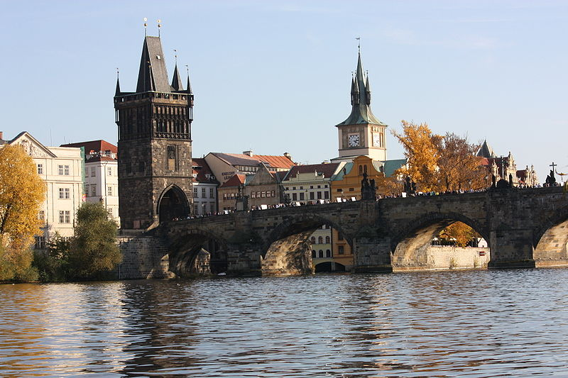 Prague Cycle Route Vlatva RIver Charles Bridge