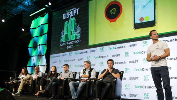 Techcrunch disrupt beeline pitch on stage