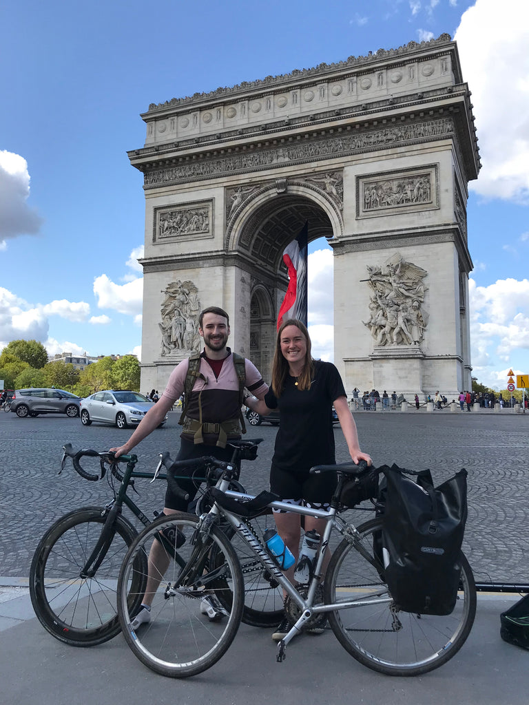 kate in Paris in front of the Arc de Triomphe