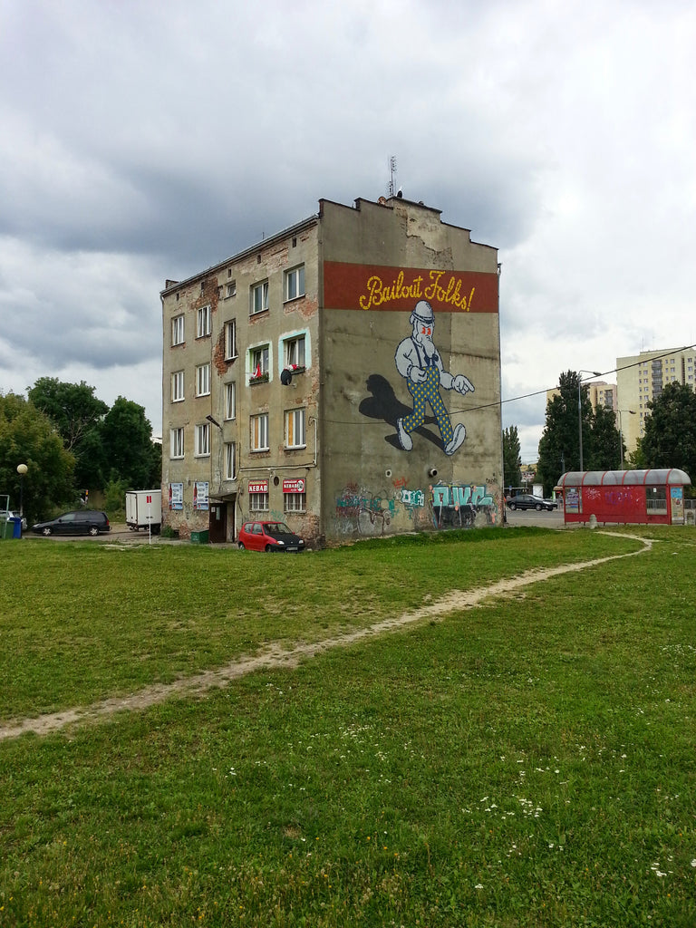 warsaw graffiti building