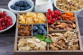 Healthy Snacks for Dieting. Eat Healthy Snacks for Diet and Fitness