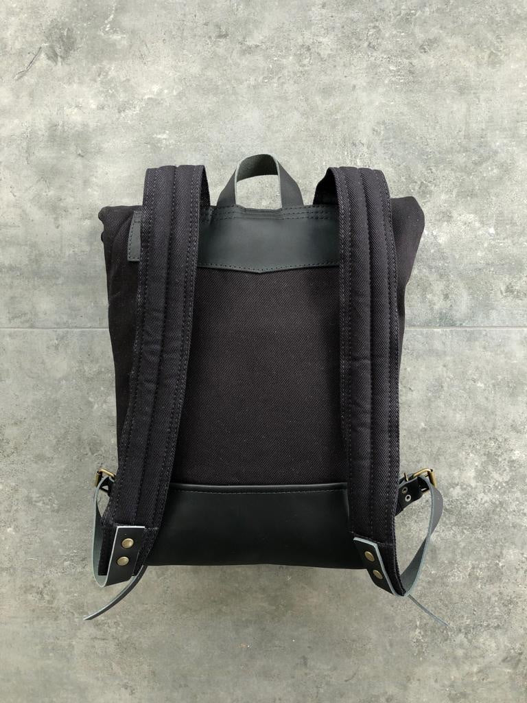 Rucksack Mahuida Mini Basic Series Black Black